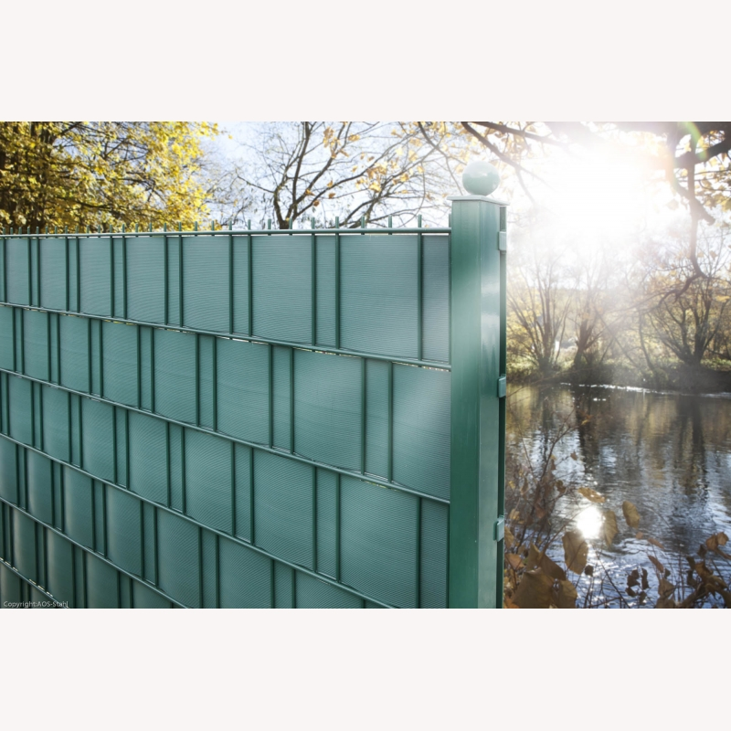 kunststoff sichtschutz gr n 10 streifen a 252cm 86 00. Black Bedroom Furniture Sets. Home Design Ideas
